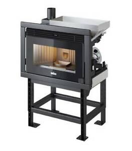 Inserto a pellet Ravelli R 1000 PRO 9 kW ad aria calda ventilata RESTYLING 2021