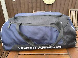 Under Armour Sports Gym Bag Size XL Duffle Bag Football Work School Training