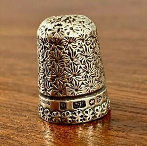 CHARLES HORNER ENGLISH STERLING SILVER THIMBLE SIZE 9 1896 NO MONOGRAM FLORALS