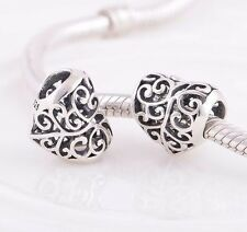 Amor Corazón Calado sólido S925 plata esterlina encanto grano encaja pulsera Europea