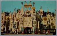 Postcard Anaheim CA c1960s Its a Small World 1-276 Disneyland Fantasyland