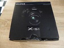 Fujifilm X-s1 (HS)