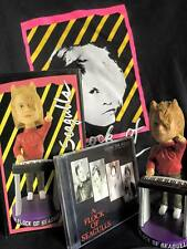 """A FLOCK OF SEAGULLS BOBBLEHEAD AUTOGRAPHED, BEST OF 7"""" & 12"""" CD AND XL TOUR TEE"""