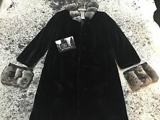 Vintage Gucci Woman's Mink Coat With Chinchilla Collar By Paolo Gucci