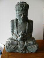tres jolie grande statuette de bouddha en bois sculptee