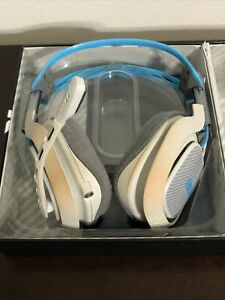 Blue Wireless Astro A40 HEADSET + MIXAMP M80 Headsets/Microsoft Xbox One