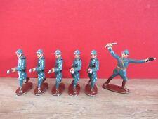 QUIRALU SOCLE MARRON 1936/40 L OFFICIER ET 5 SOLDATS EN BLEU HORIZON A LA CHARGE