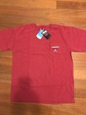 NEW - NCAA - ARKANSAS RAZORBACKS - T-shirt - College Sz LG - FREE SHIPPING