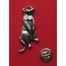English Pewter MEERCAT simple(s) Pin Badge Tie Pin / Lapel Badge (A61)
