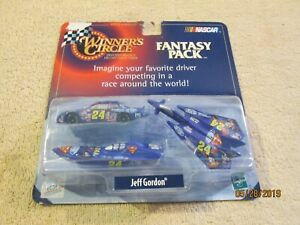 1998 Jeff Gordon #24 Winners Circle Fantasy Pack Set NASCAR Racing 1:64 Superman