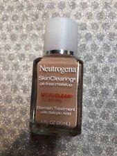 (1) Neutrogena Skin Clearing Oil Free Makeup 30 Buff Expired 11/18