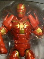 MARVEL LEGENDS Space IRON MAN - MIP ! hasbro ! Guardians of the Galaxy ! Groot