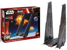 Revell Star Wars Kylo Ren's Command Shuttle, Modellbausatz 1:93 ca 18,3 x 35,6cm