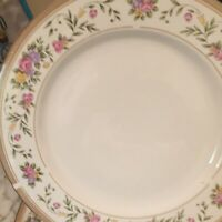 Farberware Bellini Porcelain 22K Band Dinner Plates Set Of Six