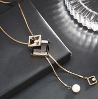 Damen Halskette Mode Schmuck Collier mit Anhänger Gold lange Kette sexy edel M20