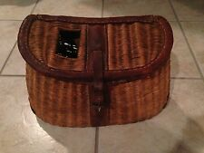 Vintage ˚ Woven Fly Fishing Basket ˚ Fishing Creel ˚ Leather Hinges and Strap