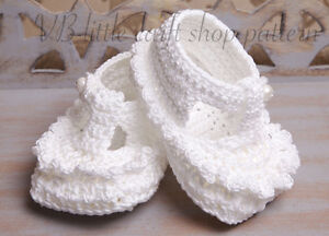 Baby booties Crochet pattern for 12-15 month baby.