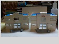 O/S Gauge Lot Of Plasticville Hospital Parts Walls Roofs & Steps