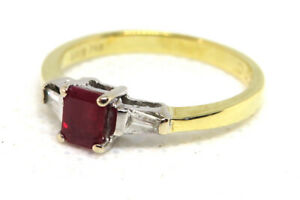18ct Yellow Gold Vintage 0.30ct Ruby and Diamond Trilogy Ring  SIZE P