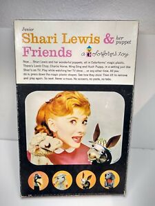 Vintage 1961 Shari Lewis & Her Puppet Friends Colorforms Set COMPLETE Lamb Chop