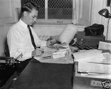 SECRET SERVICE WITH COUNTERFEIT MONEY 8X10 PHOTO 1938