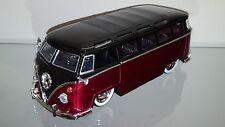 1/24 JADA 1962 VOLKSWAGEN 23 WINDOW SAMBA BUS CANDY RED AND WHITE