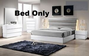 Modern Florence 1pc Bedroom Cal. King Size bed White Lacquer Gray LED Lighting