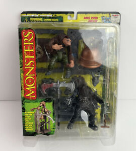 Todd McFarlane's Monsters Series 1 Playset  Hunchback Executioner New 1997