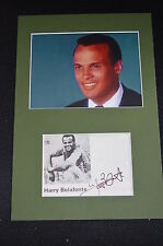 HARRY BELAFONTE signed Autogramm In Person 20x30 cm Passepartout CALYPSO