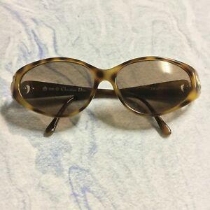 Christian Dior Authentic Vintage Tortoiseshell Oval Sunglasses 2851