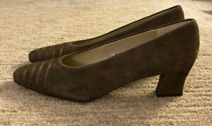 Women's brown Papagallo suede high heel shoes size 9 N