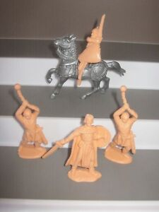 Reamsa prince valiant figures 5 in 4 poses never been reissued near mint