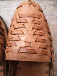 Women -Guatemalan Handmade Huaraches-Closed Toe Leather Sandals - Flats- Size 9