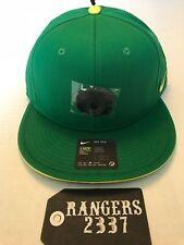MENS Nike True Oregon Ducks  Snapback SB Hat ENRGY Apple Green
