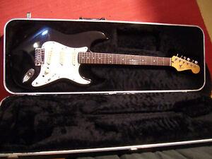 """Fender/Chery """"Frankenstein"""" Stratocaster - Fender Japan Neck an Chevy/Cheri Body"""