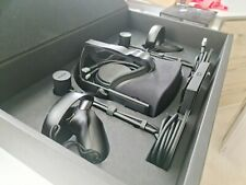 Oculus Rift cv1 Bundle. Only used once. FREE POSTAGE