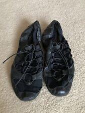 Capezio Dance Shoes Jazz Contemporary Split Sole 🩰black
