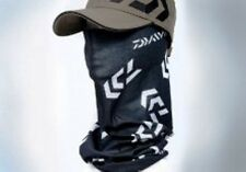 Daiwa Head Sock Head Tube black and white for protection against wind and sun