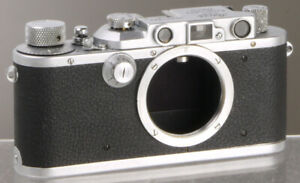 Leica IIIa (Germany, 1936) __________ vintage Leitz rangefinder 35mm film camera