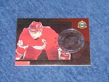 STEVE YZERMAN RED WINGS 1997-98 PINNACLE MINT SILVER TEAM #5 (SB-3)