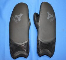 XCEL Men's Drylock 7mm Wetsuit Mitts/Mittens - Medium