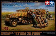 Tamiya 1/48 Sd Kfz 251/1 Ausf D Stuka zu Fuss # 32566