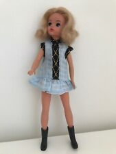 BEAUTIFUL ASH BLONDE VINTAGE SINDY DOLL 033055X WEARING FAERIE GLEN MINIDRESS
