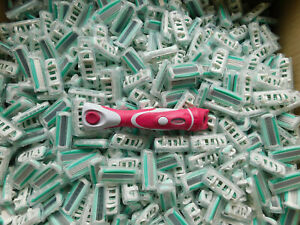 100x Schick Wilkinson Quattro Women Razor Refills Brand New Original + Handle