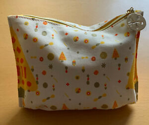 L'OCCITANE   |  Geschenkset / Reisetasche mit verschiedenen Produkten