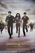 "TWILIGHT SAGA ""BREAKING DAWN PART 2 - TRIO RUNNING"" POSTER FROM ASIA - Pattinson"