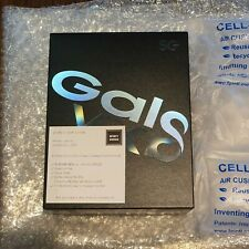 Samsung Galaxy Fold New & Sealed Box-Space Silver & Ready to Ship Unlocked