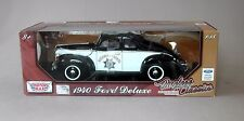 1:18 Motormax 1940 Ford Deluxe Coupe California Highway Patrol Police Car