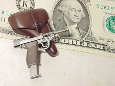 Miniature 1/6 scale WW2 German Army P38 pistol semi auto handgun w holster D