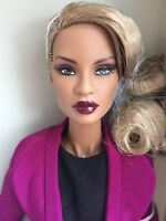 fashion royalty nu face aka gigi giselle integrity toys nrfb integrity fashion royalty nu face electric enthusiasm dominique makeda doll nrfb